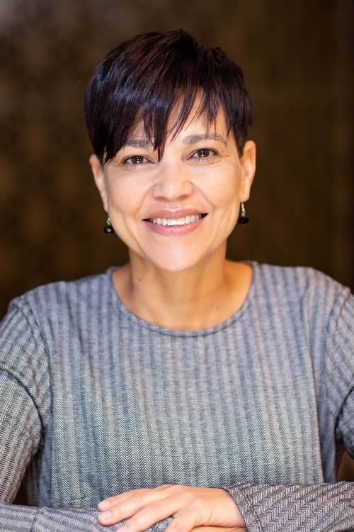 Ms Jenny Comalie